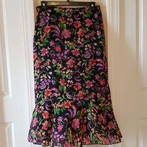 Women's white Stag floral size large (12-14) skirt